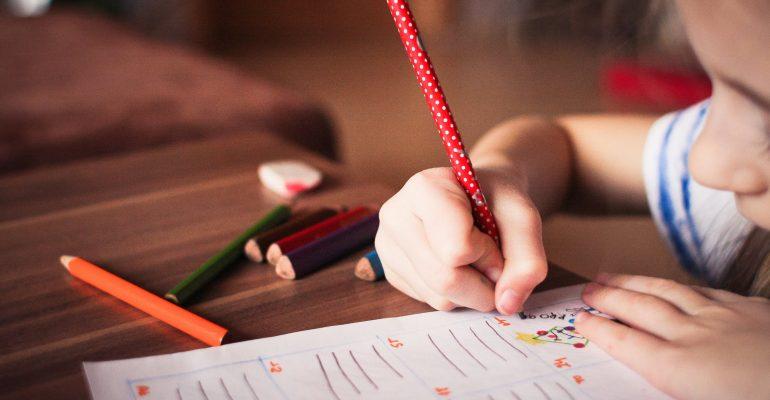 Cum îi învățam pe copii să dobândească abilitățile de care au nevoie